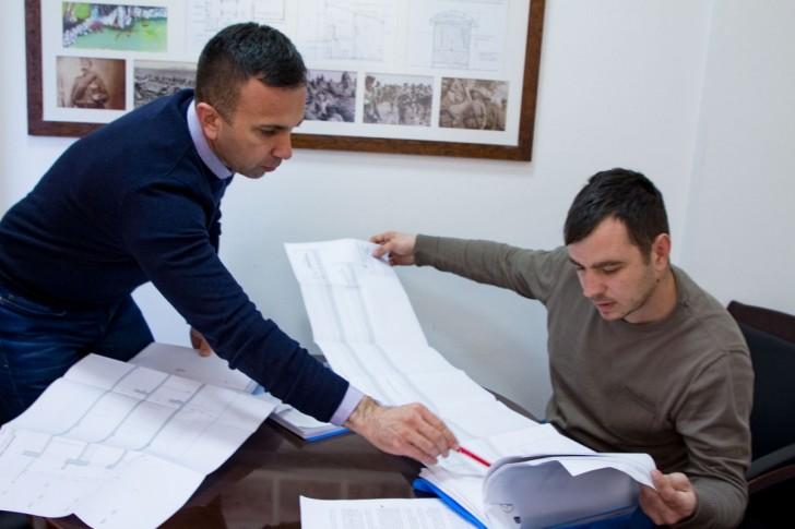 Boban Janković sa saradnikom
