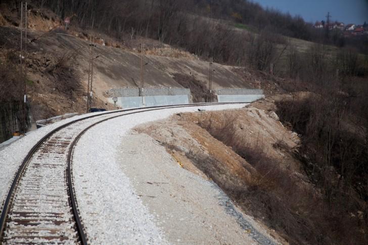 Sanirani deo pruge Beograd - Bar, na 4 km od Valjeva